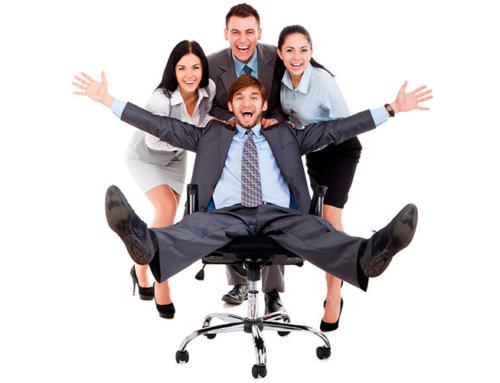 El bienestar laboral aumenta el compromiso y la felicidad en el trabajo para obtener mejores resultados